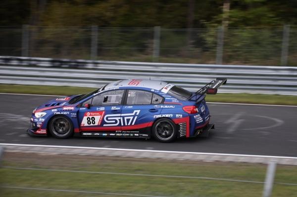 """""""Subaru"""" vėl laimėjo 24 valandų lenktynes Niurburgringe"""
