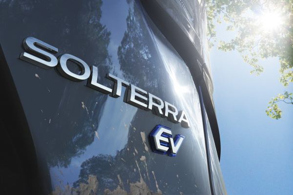 "Pirmasis ""Subaru"" elektromobilis bus pavadintas ""Solterra"""